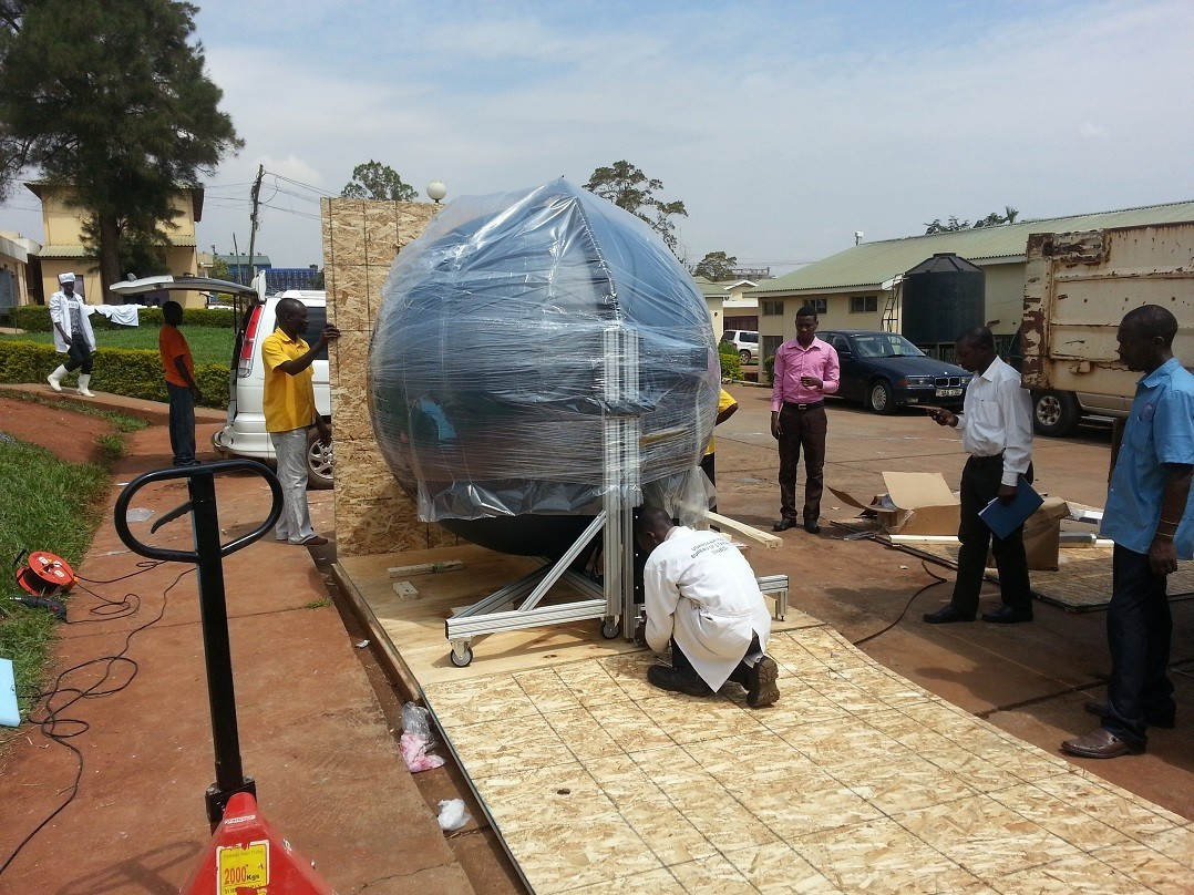 Installation and commissioning of a light measuring system at Nat Lab in Uganda